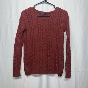 🦅 American Eagle Outfitters copper sweater size M